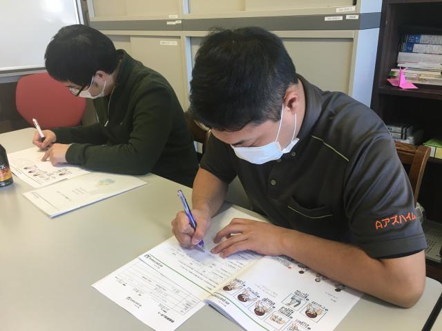 【AH大泉学園】ラウンド研修レベル1を行いました。「感染症予防」「生活支援技術:口腔、入浴」について学びました。