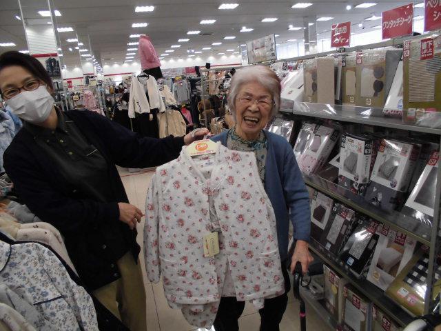 【AH光が丘】衣替えの時期なので、買い物に行ってきました!お気に入りの洋服が見つかると嬉しいですね☆