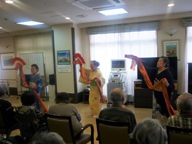 【AH横浜上大岡】ご入居者のご友人が、素敵な舞を披露しにきてくださいました☆