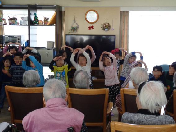 【AH横浜東寺尾】子供達の可愛い歌や踊りを目の前にして、とても大満足な一日となりました♪