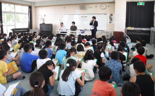 【AH南浦和】~地域との交流~近隣の小学校へお伺いし、介護の仕事に関するお話しをさせていただきました☆
