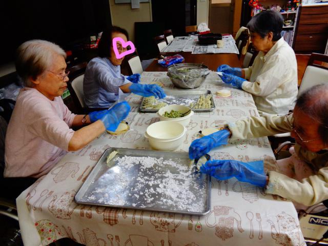 【AH横浜東寺尾】包んだ餃子は700個!!ホームでの恒例行事となっています♪