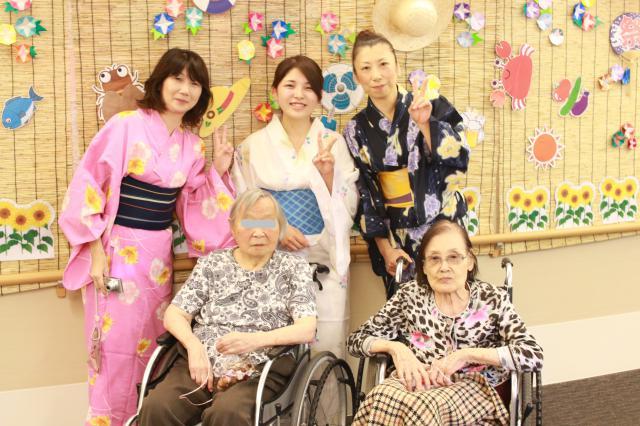 【AH横浜東寺尾】屋台の手作りご飯や櫓など、スタッフやドライバーさん総出で納涼祭を盛り上げました♬