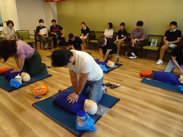 【AH杉並井草】消防署より2名の講師をお迎えし、「普通救命講習」をホームにて行いました。