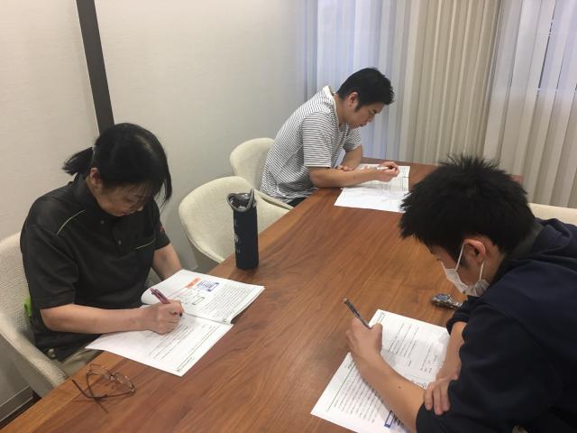【AH中浦和】ラウンド研修(レベル2)「疾患の理解-認知症」「看取りの介護」が行われました。