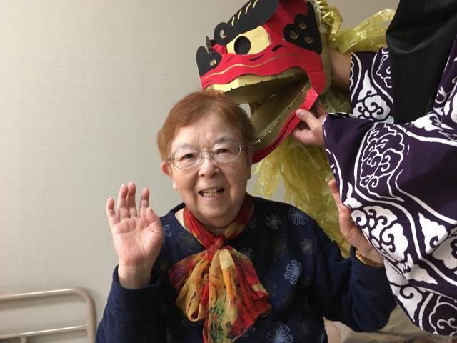 【AH大泉学園】エントランスにはたくさんの鶴が!ホームに獅子舞もやってきて、2020年が幕を明けました☆