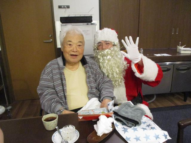 【AH市川アネックス】クリスマス当日は、サンタクロースが登場!楽しいクリスマスを過ごしました♬