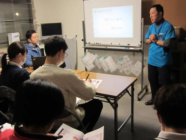 【AH中浦和】専門家を招いて「口腔・嚥下機能」に関する研修を行いました。