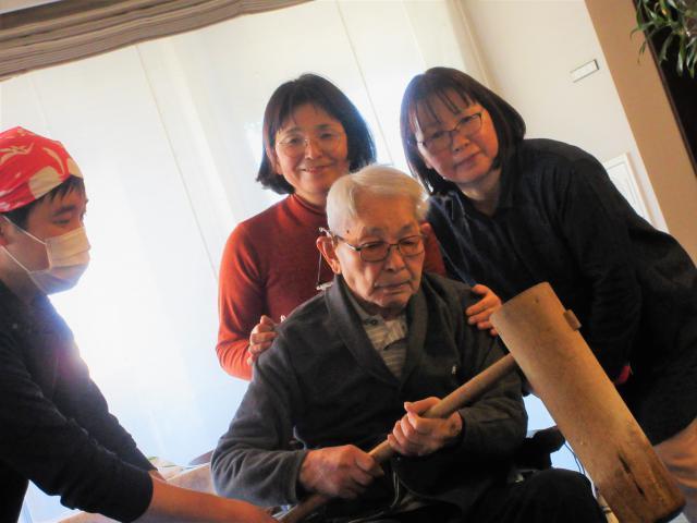 【AH町田】ホームの年末年始の様子を、ご入居者の写真とともにご紹介します!