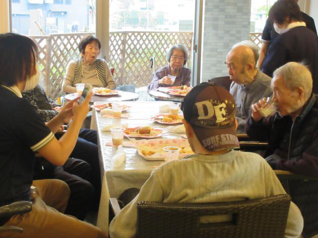 【AH町田】ご入居者がやりたかった「ほろ酔いパーティー」を開催しました!