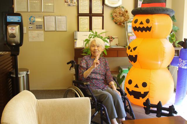 【AH横浜東寺尾】季節の飾り付けで、ハロウィン仕様になりました♬