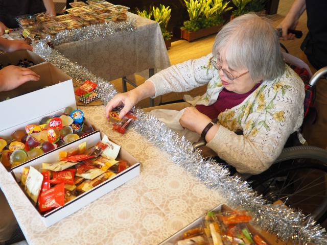 【AH町田】「あずまち駄菓子屋」が開店です!初の試み♬秋の文化祭が開かれました!