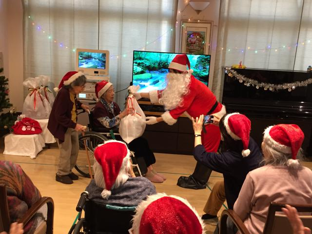 【AH横浜上大岡】12月のメインイベント!クリスマス会を開催しました♬