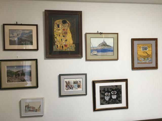 【AH市川アネックス】ホームには、芸術家がたくさんいらっしゃいます!