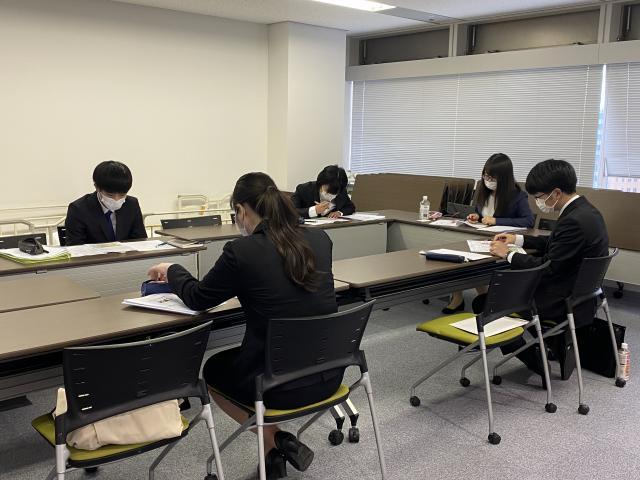【新卒入社スタッフ研修】研修初日は「感染症に関する基礎理解」を学びました。