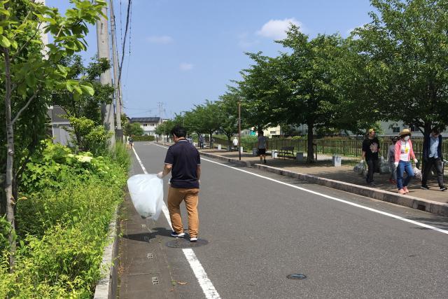 【AH三郷】町内の一斉清掃に、スタッフが参加してきました!