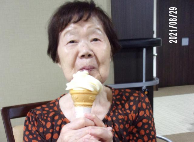 【AH横浜いずみ中央】8月のお誕生日会を行いました!プレゼントはソフトクリームです☆