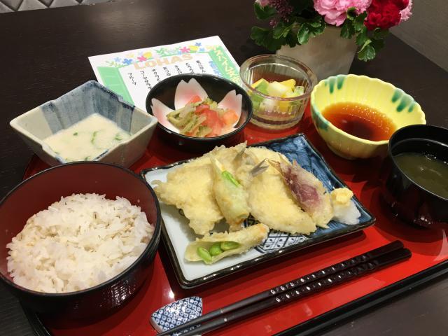 【AH文京白山】二度目のブルーインパルスに大興奮!愛媛県の郷土料理「いもたき」を、召し上がっていただきました♬