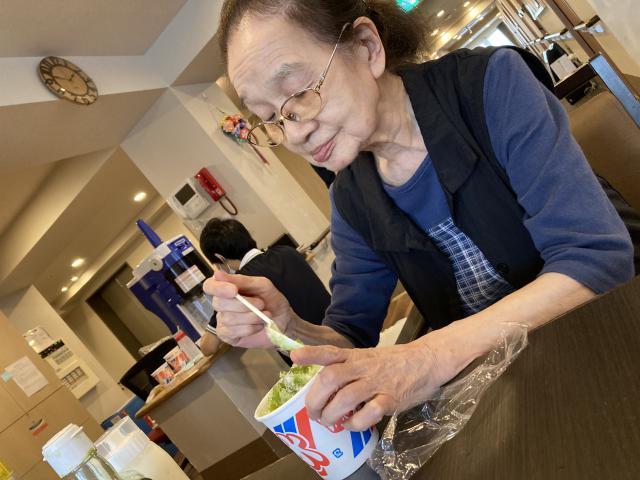 【AH三郷】シロップと氷でシンプルに味わうかき氷☆レクリエーションで、かき氷を堪能しました☆