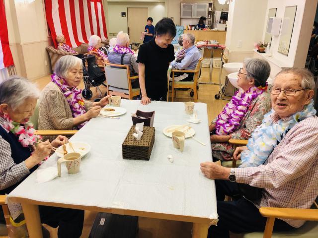 【AH光が丘】ハワイアンがテーマの納涼祭を開催しました!